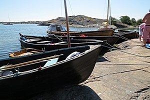 Puuveneitä Vänössä